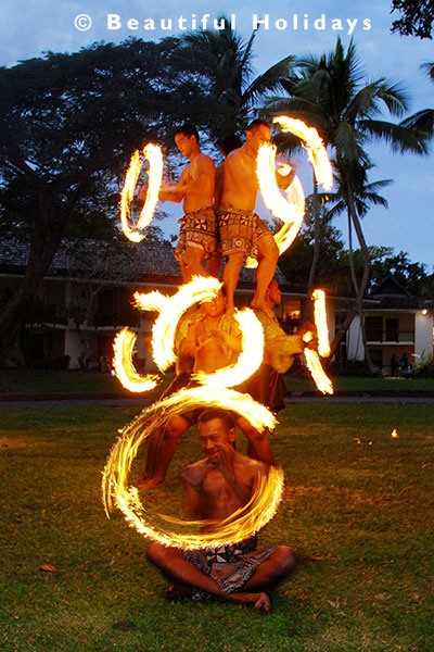 fijian resort fire dancers