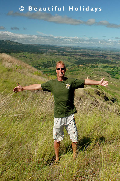 tourist enjoying view in nadi highlands