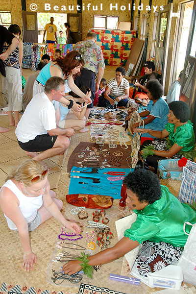 hand craft in fijian village
